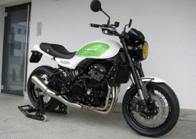 KAWASAKI Z900RS SPECIAL WHITE